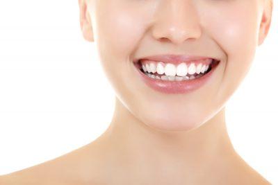 Berapa Harga Memutihkan Gigi di Dokter Gigi? Yuk, Simak Pembahasannya
