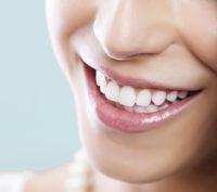Panduan Praktis Cara Memutihkan Gigi Menggunakan Kulit Jeruk